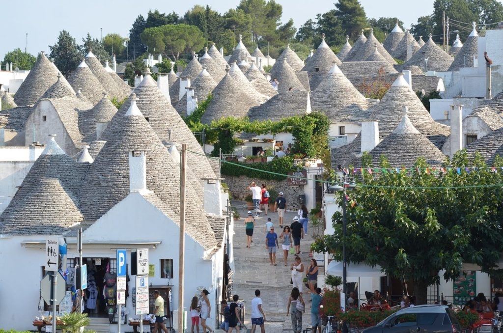 alberobello-puglia-walking-tour-orchards-near-me
