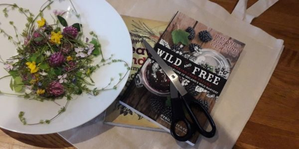 come-dine-with-me-tour-wild-food-foraging-orchards-near-me