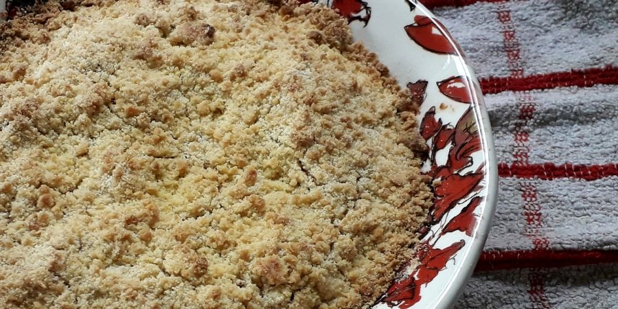 apple-and-blackberry-crumble-recipe