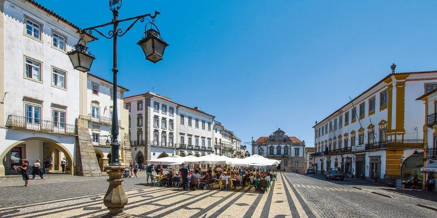 evora-portugal-town-life-alentejo-region-orchards-near-me